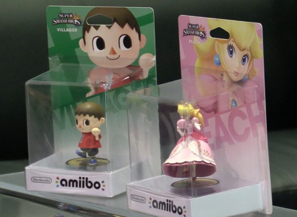 Amibo | Villager and Peach